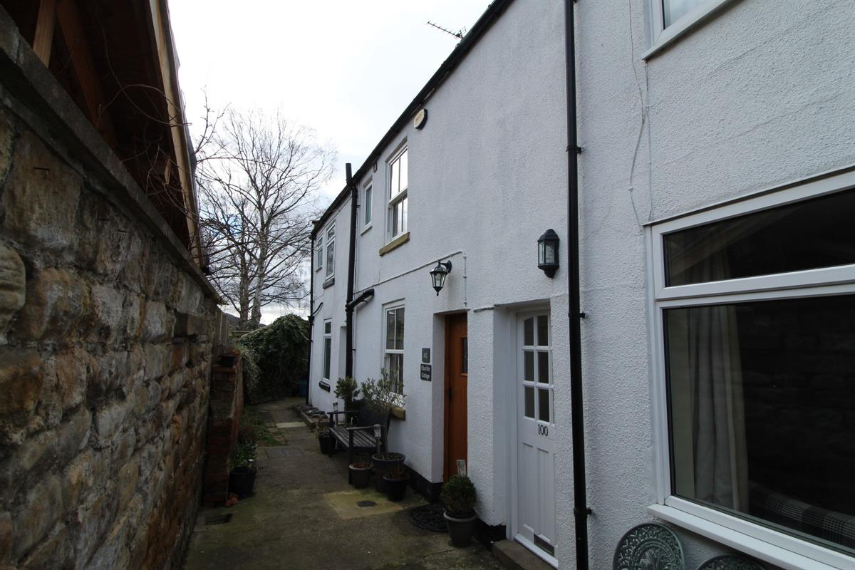 2 bed Flat For Rent in Northallerton, North Yorkshire