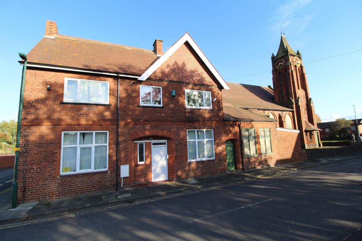0 bed Flat For Rent in South Bank, Middlesbrough, North Yorkshire - 1