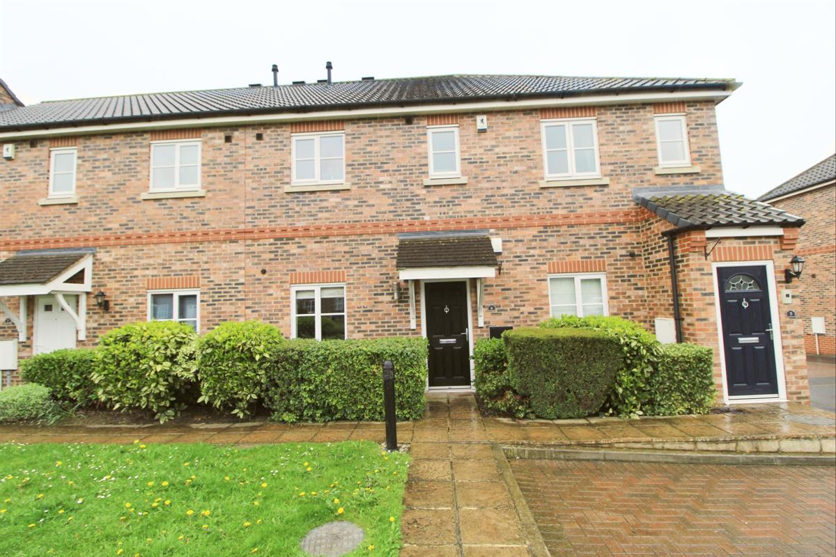 2 bed Flat For Rent in Darlington, County Durham - 1